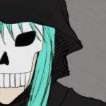 Frau mit türkisen Haar, einer Totenschädelmaske und einer schwarzen Kapuze.