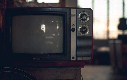 5 Horrorfilme mit tödlicher Technologie, die man gesehen haben muss
